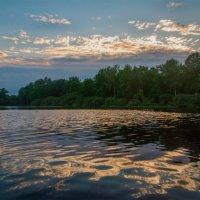 Закат на озере :: Александр Березуцкий (nevant60)