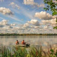 Рыбалка на Волге :: Наталия Горюнова