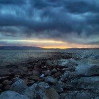 Рассвет на озере Хяргас-нуур :: Оля Володина (Бурмистрова)