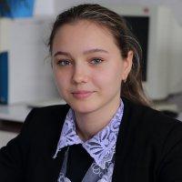 Старшеклассница. :: Пётр Четвериков