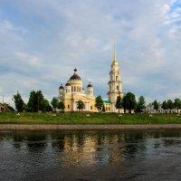 Рыбинск. :: Владимир Безбородов