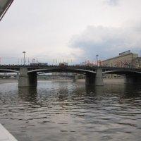 Вид на Бородинский мост с борта теплохода :: Дмитрий Никитин