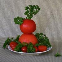 Улыбку милой с утра подари, два фрукта иль овоща друг на дружку сложи! :: Лара Гамильтон