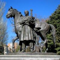 Памятник атаману Матвею Платову :: Нина Бутко