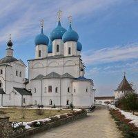 Высоцкий монастырь, Серпухов :: галина северинова