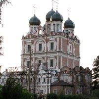 Церковь Введения Пресвятой Богородицы. :: Ираида Мишурко