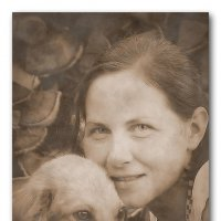 Девушка с собачкой. :: A. SMIRNOV