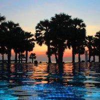 Закат на юге Паттайи. :: Рустам Илалов