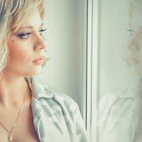 Портрет девушки у окна :: Юлия