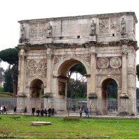 Триумфальная арка Константина :: Veselina *