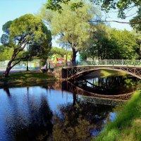 Лето у милого мостика... :: Sergey Gordoff