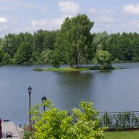 на озере :: Александр Макаров