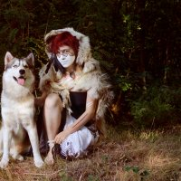 шаманка с волком :: Юлия Семенихина