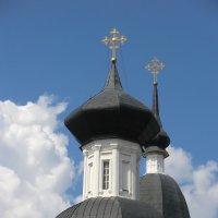 Собор - кресты и облака... :: Владимир Павлов