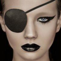 Black Lips :: Dina Key