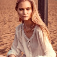 Лето, пляж :: Луиза Смирнова