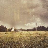 Те, кто дарят свою любовь, всегда великодушны, те, кто любят,- жестоки. :: Dasha Sevostyanova