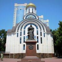 Памятник Елизавете Петровне, город Ростов-на-Дону :: Марина Труфанова