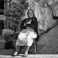Греческая бабушка :: Анна Корсакова