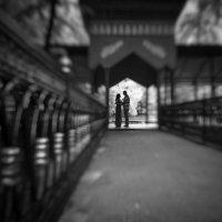 силуэты любви и желания... :: Батик Табуев