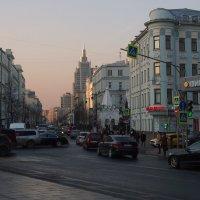 Вечерний город :: Надежда Бахолдина