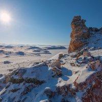 Солнце, снег и скалы... :: Анатолий Иргл
