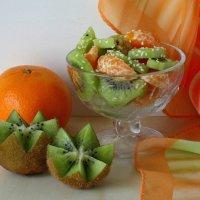 Витаминный салатик :: Татьяна Смоляниченко