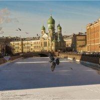 Утро в городе :: Дмитрий Б.