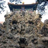 Причудливые камни в императорском саду Юйхуаюань :: spm62 Baiakhcheva Svetlana