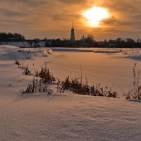 В свете зимнего солнца... :: Вадим Телегин