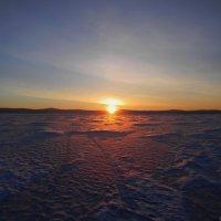 Рассвет на Байкале :: Владимир Виноградов