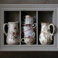 Полка с кувшинами и чашками :: Елена Татульян