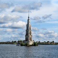 Одинокая красота :: Владимир Безбородов