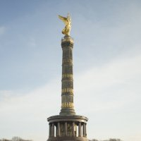 Триумфальная колонна (Колонна Победы) :: Александр