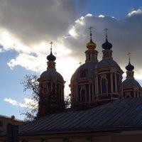 Весеннее небо переменчиво :: Андрей Лукьянов