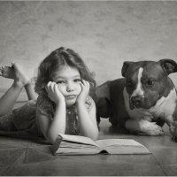 Скучная книга :: Виктория Иванова