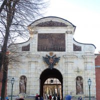 Петровские ворота Петропавловской крепости. :: Валентина Жукова