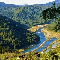 Взгляд в долину Усы :: Сергей Чиняев