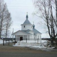 Сельский храм в честь Иоанна Богослова :: Виктор