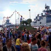 День военно-морского флота России. На рейде :: G Nagaeva