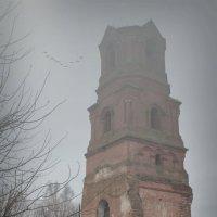 Заброшенный храм. :: Laborant Григоров