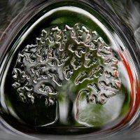 Стеклянное  дерево весны... :: Валерия  Полещикова