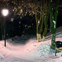 Ночная прогулка :: Александр Кудров