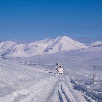 Зимние дороги Магадана. :: Юрий Харченко