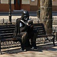 на Приморском на бульваре Дарта Вейдера встречали? :: Александр Корчемный