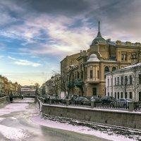 Дом Струка - здание Екатерининского общественного собрания* :: Valeriy Piterskiy