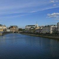 Москва. Вид с моста (у Болотной площади) :: Юрий Поляков