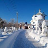 По дороге к храму.. :: Андрей Заломленков