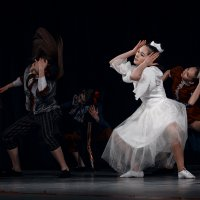 танцы :: Елена Логачева