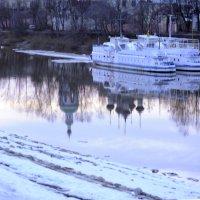 Река Вологда,  Апрель 2017 г :: Вячеслав